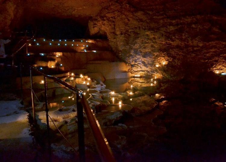 Visite Musicale Et Contée à La Lueur Des Bougies. à La Balme les Grottes