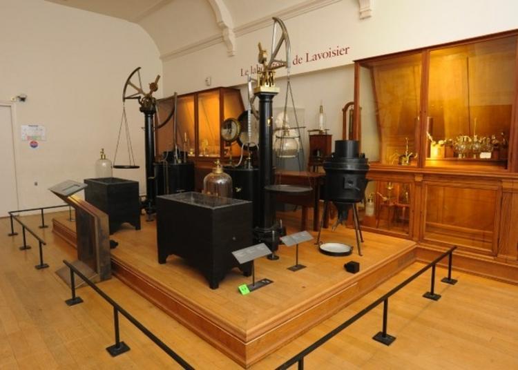Visite: Le Laboratoire De Lavoisier à Paris 3ème