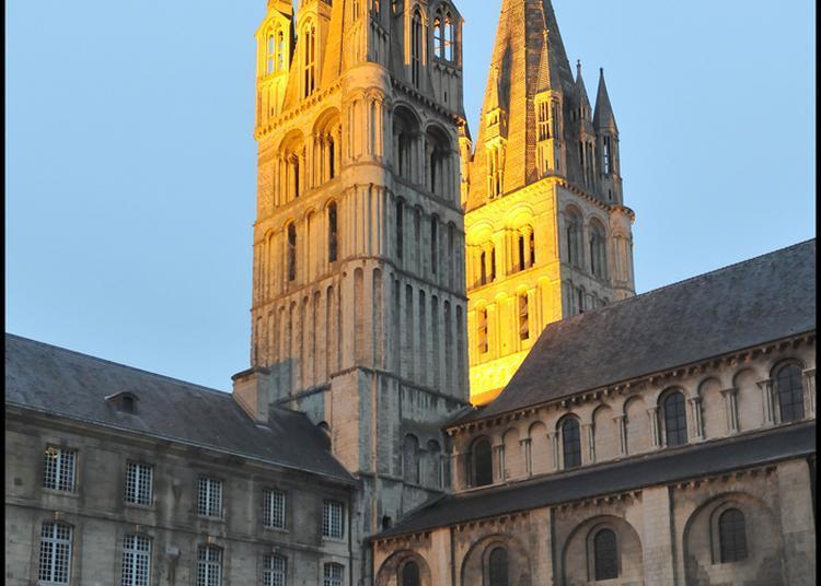 Visite Nocturne De L'abbaye-aux-hommes à Caen