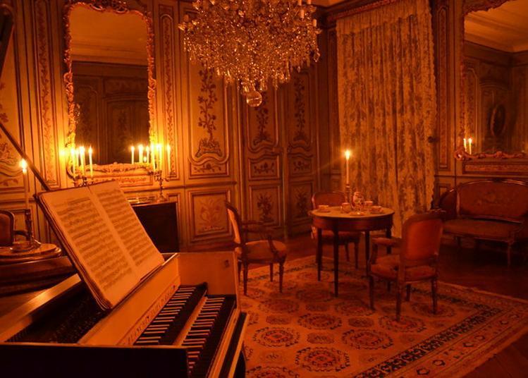 Visite Nocturne Et Insolite Des Toitures Classées Du Château Du Passage. à Le Passage