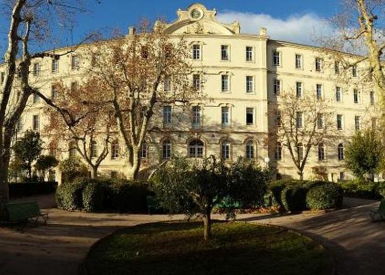 Visite Patrimoniale Du Lycée Saint-charles à Marseille