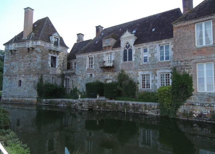 Visite Théâtralisée Du Château Du Blanc-buisson à Saint Pierre du Mesnil