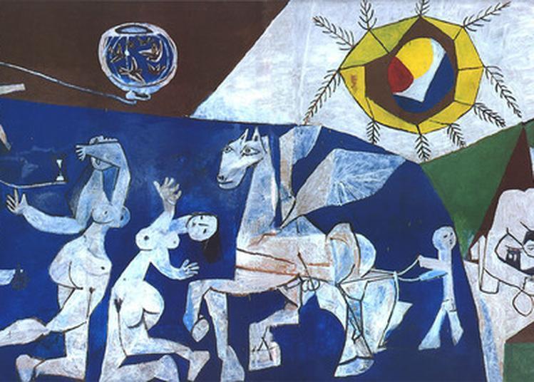 Visites à La Torche De La Guerre Et La Paix De Pablo Picasso à Vallauris