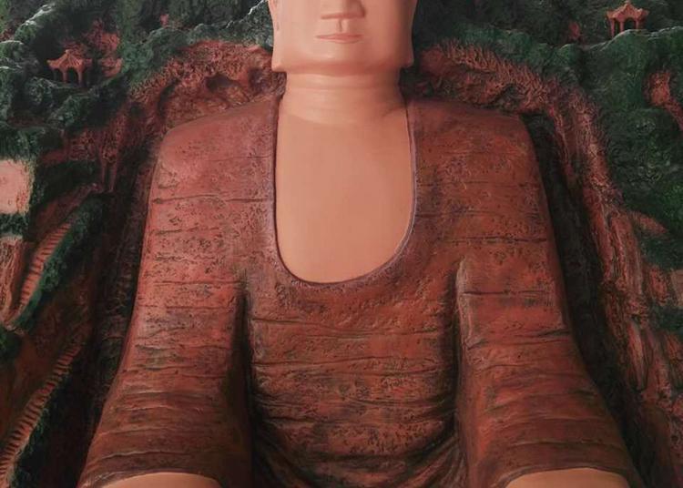 Visites Commentées D'une Réplique Réduite Du Bouddha De Leshan à Issy les Moulineaux