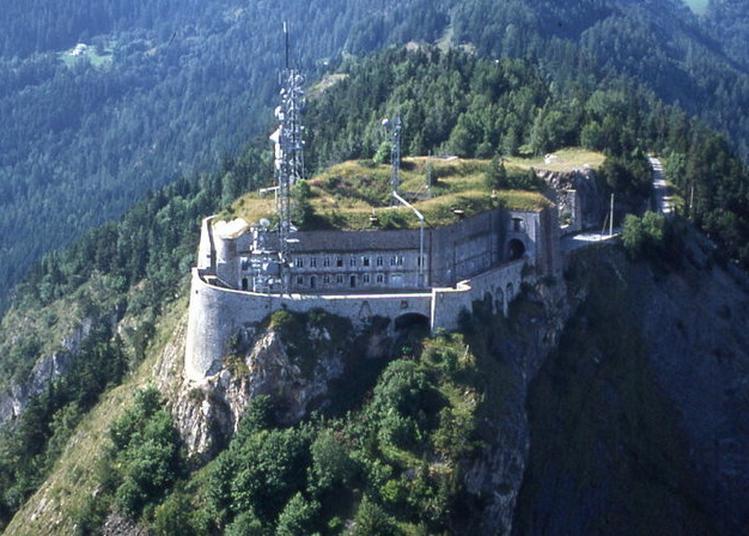 Visites Commentées Du Fort Du Télégraphe, Spectaculaire Belvédère Sur La Maurienne à Valloire