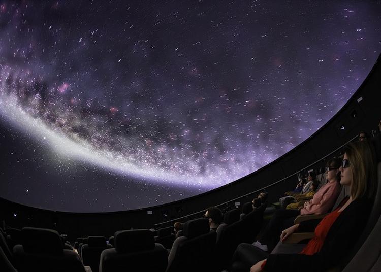Visite des coulisses du Planétarium 3D à Wizernes