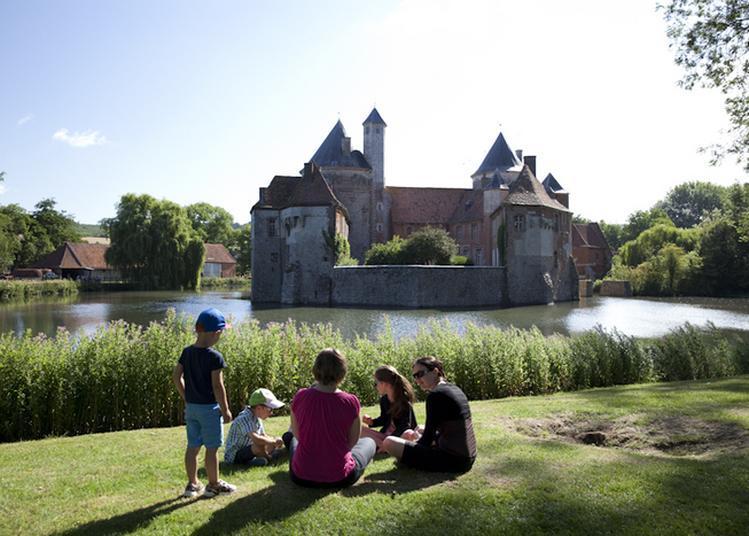 Visites Guidées Au Château D'olhain à Fresnicourt le Dolmen