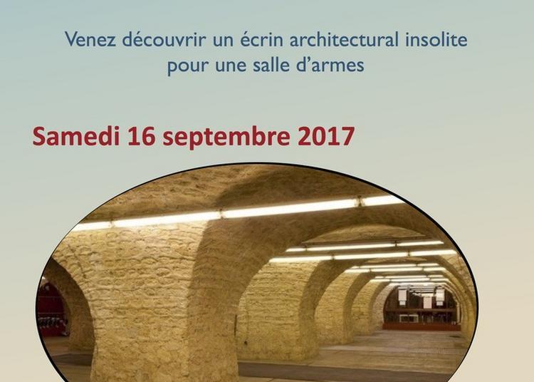 Visites Guidées Avec Présentation De L'histoire Du Lieu, Des Armes Et Des Anciens Champions Du Club à Bordeaux