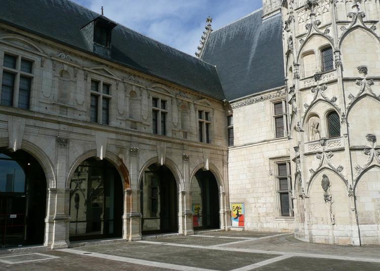 Visites Libres Du Musée à Bourges