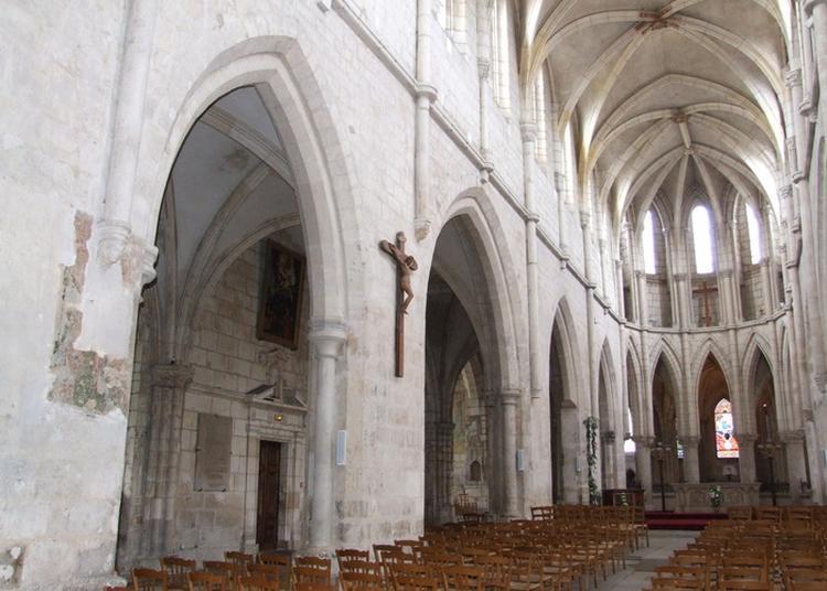 Visites Libres Et Visite Commentée De L'église à Bourges