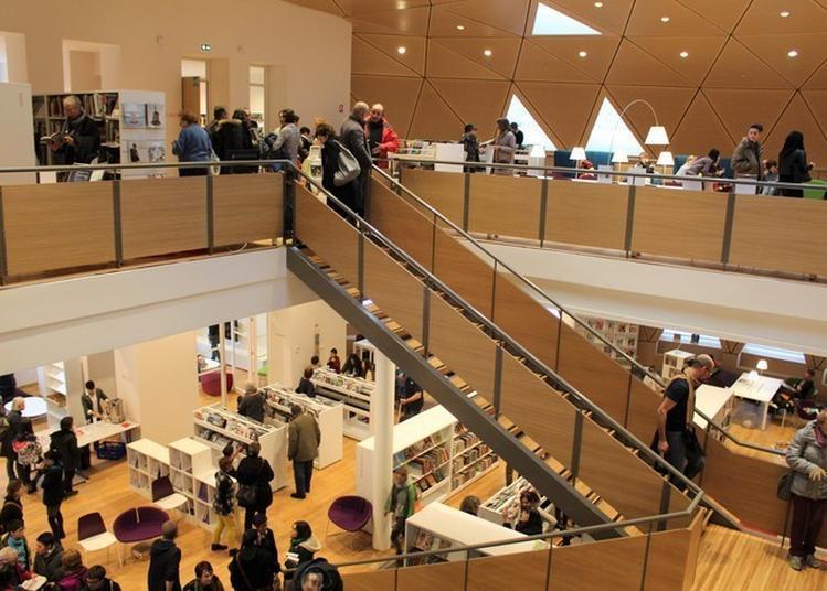 Visitez La Médiathèque Le Dôme à Saint Claude