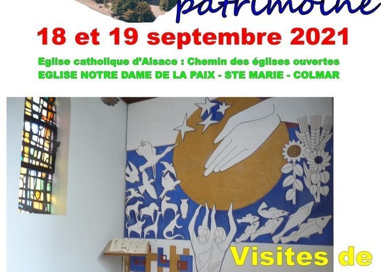 Visitez Une église Catholique Contemporaine De Colmar