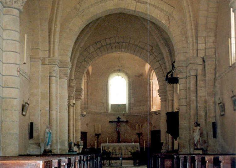 Viste Libre De L'eglise Saint Jouin à Pirmil