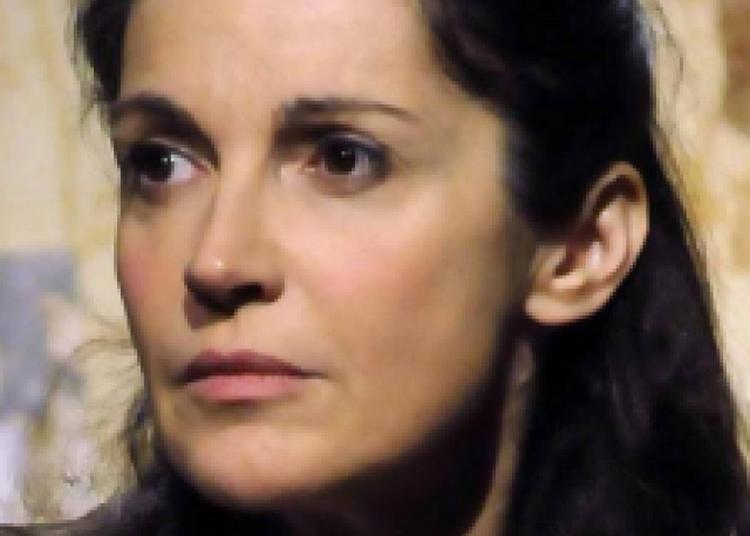 Zabou Breitman Dans La Compagnie Des Spectres à Le Broc