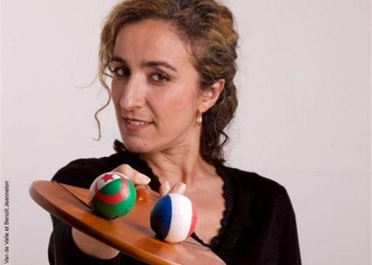 Zora Bensliman Dans Guerre, Paix Et Bidoune à Montpellier