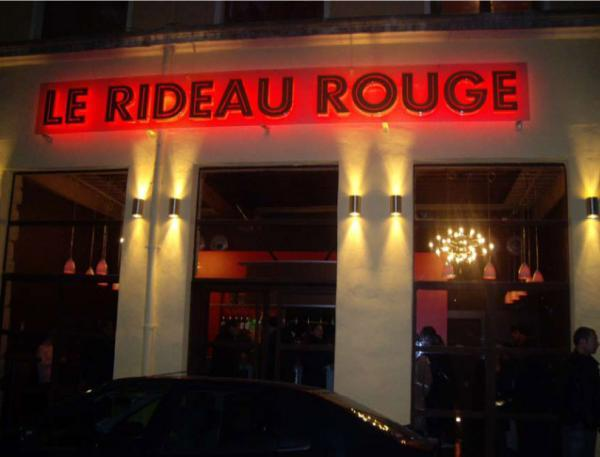 Le Rideau Rouge à Lyon